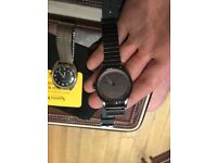Like new Nixon station watch, bought in Paris for 250 Euro selling for 100. Amazing condition