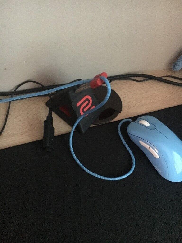 Custom Zowie EC2-b Divina with Paracord Blue Gaming Mouse FPS | in Sherburn  in Elmet, West Yorkshire | Gumtree