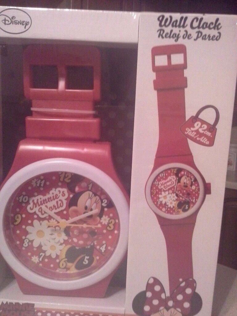 Disney minnie mouse wall clock