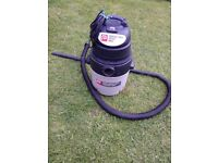 P 1300 MAX PP20 20L wet and dry vacuum excellent condition