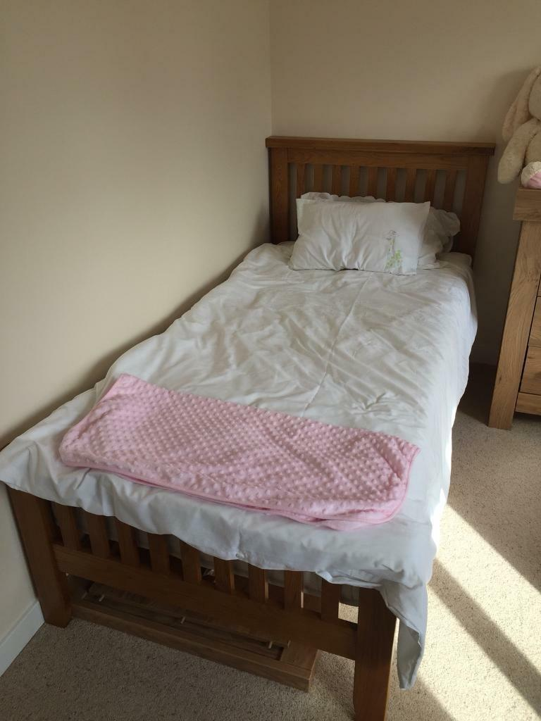 Solid Wood Single Bed with Mattress