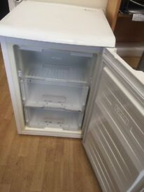 FROST FREE BEKO UNDERCOUNTER FREEZER IN GOOD WORKING CONDITION