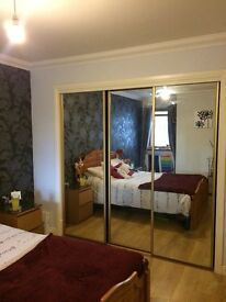 Double room in flatshare to rent - sharing with 25 year old female