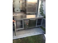 COMMERCIAL 3 DOORS BENCH FRIDGE PIZZA TAKEAWAY COUNTER FOR SHOP CAFE KEBAB SHISH TAKEAWAY FOSTERZ