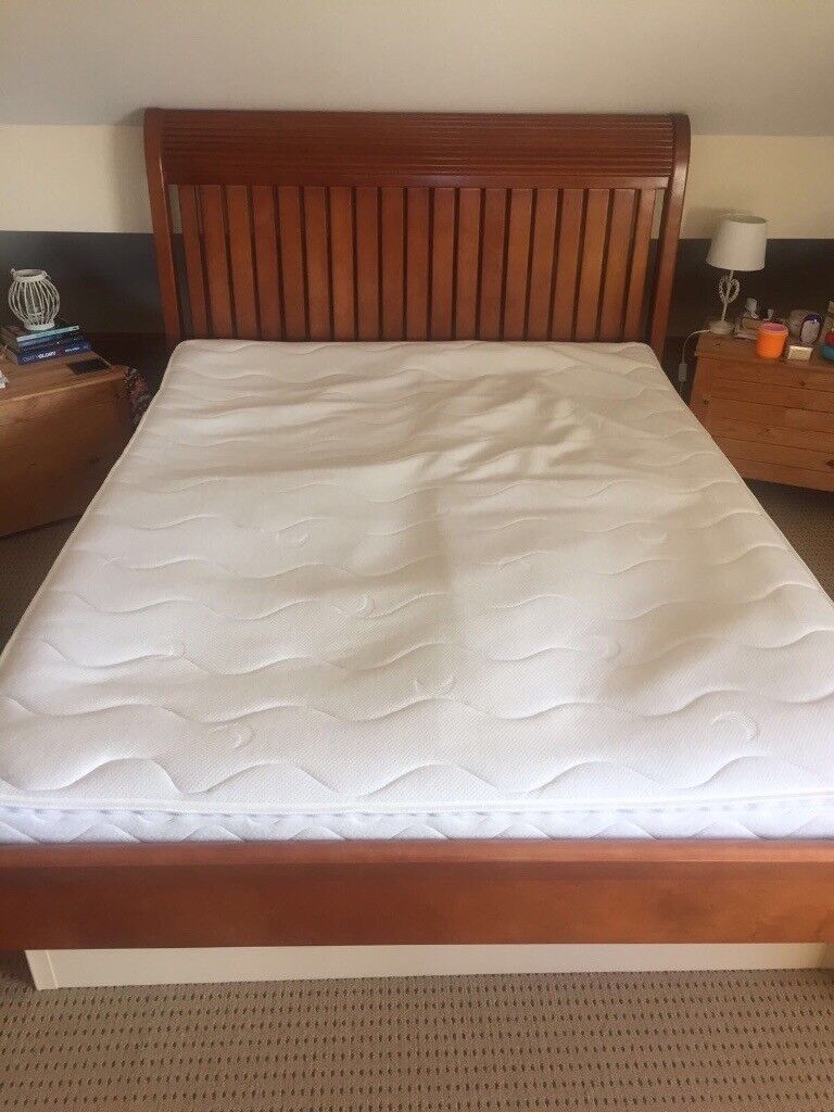 King Size Waterbed Great Condition 2 Separate Mattresses Both With Individual Heating Controls