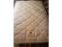 Lovely and clean double mattress free delivery