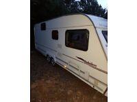Twin axle caravan 2006