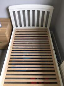 Toddler bed *****SOLD