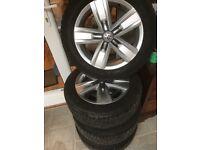 Set of 4 Genuine vw t5 alloy wheels
