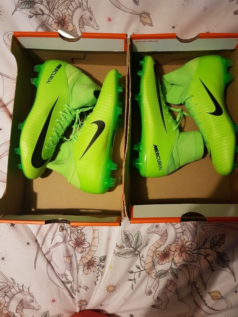 super popular 0e8a3 7fd6e Nike mercurial superfly V FG football boots kids uk size 4.5 for sale 2  pairs | in Crewe, Cheshire | Gumtree
