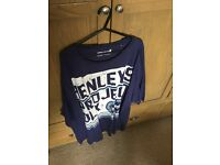 Excellent condition tshirts