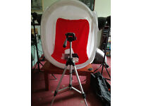 LIGHT TENT WITH LIGHTS ON STANDS AND CAMERA TRIPOD PERFECT FOR EBAYING