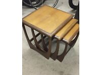 Nest of 3 wooden coffee tables