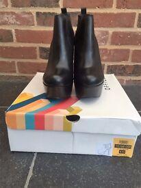 Womens Office Nano Black Leather Platform Heeled Boots Size 8 (Euro 41)