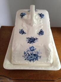 Vintage style butter dish