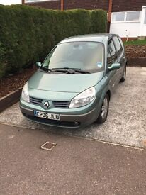 Renault Scenic 1.6 VVT Dynamique - Very low mileage