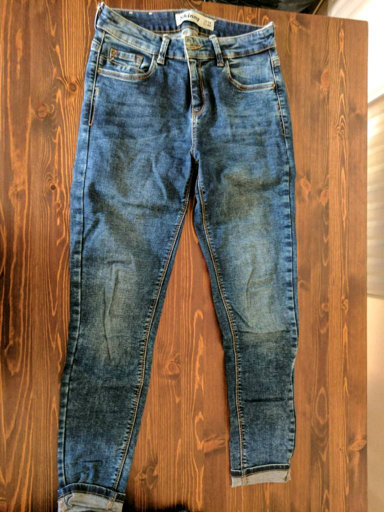 Ladies 8-10 Bundle - x4 jeans, x2 skirts, x2 shorts