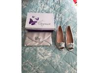 Wedding Day Lunar Elegange size 4 shoes with handbag Silver