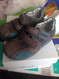 Clarks shoes 6.5 G