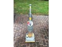 Dyson DC01 - spares or repairs