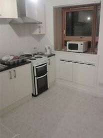1st floor 1 double bedroom city centre flat for lease