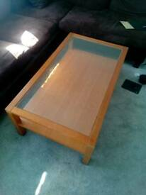 Lounge table with strong glass,