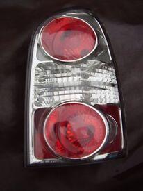HYUNDAI TRAJET DRIVERS SIDE REAR LIGHT COMPLETE 2004-2008 LEXUS STYLE