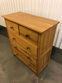 Fantastic solid oak chests of drawers x2 & pair of bedsides, pristine condition, can deliver