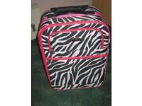 Hand Luggage / Weekend trolley case.