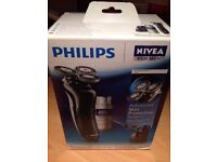 """""""Genuine Philips"""" Nivea For Men Coolskin HS8460 Rechargeable Shaver With Refill & Charge Stand"""