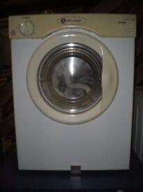 White Knight tumble dryer GWO
