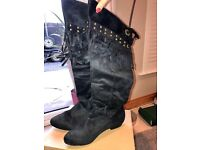 Ladies size 5 black boots never worn £15 price reduced £10