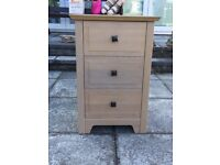 3 drawer light chest of drawers