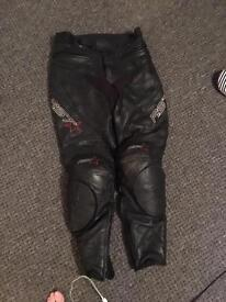 Motorcycle Ladies Leathers for sale