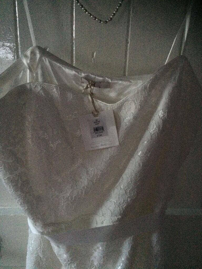 Bhs wedding dressin Comber, County DownGumtree - Beautiful dress in lace size 22 but would fit a 20 as small fitting its a lovely dress selling cheap for a quick sale