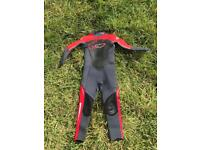 Child's TWF long sleeved wetsuit Age 8/9