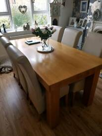 Solid oak butchers block table & chairs