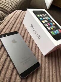 Apple iPhone 5s. Space grey. Vodafone
