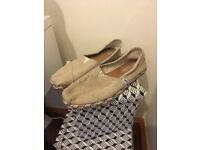 TOMS shoes size 6