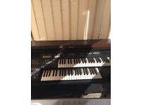 Solid wood double organ with stool FREE TO COLLECTOR