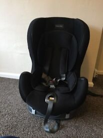 STILL AVAILABLE! Mamas and Papas Enyo ISOFIX car seat stage 1
