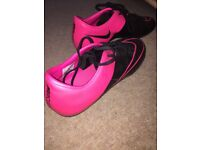 Nike Mecurial size 8.5 *pink black**GREAT CONDITION*