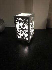 Snow flake lamp/lantern