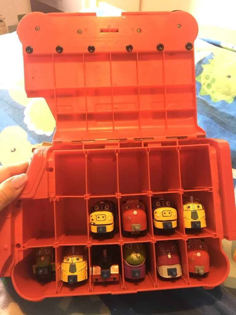 Chuggington Train Carry Case and 10 Trains