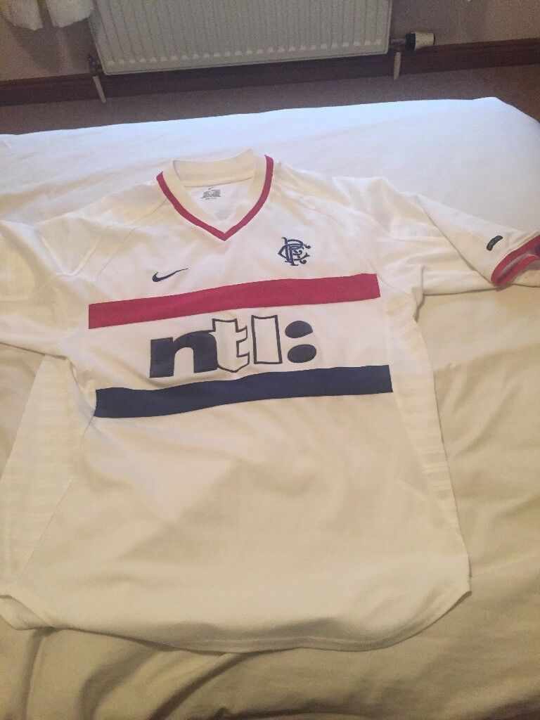 2b5e8de73d1 Men s Nike away rangers shirt medium men s 99 01 in good con £30 to clear  offers for quick sale. Airdrie ...