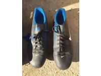 Nike Men's Size 12 Football Boots