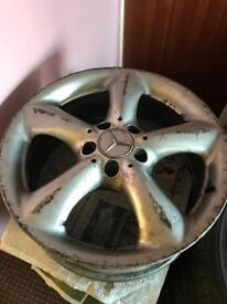 4 alloys wheels Mercedes 17