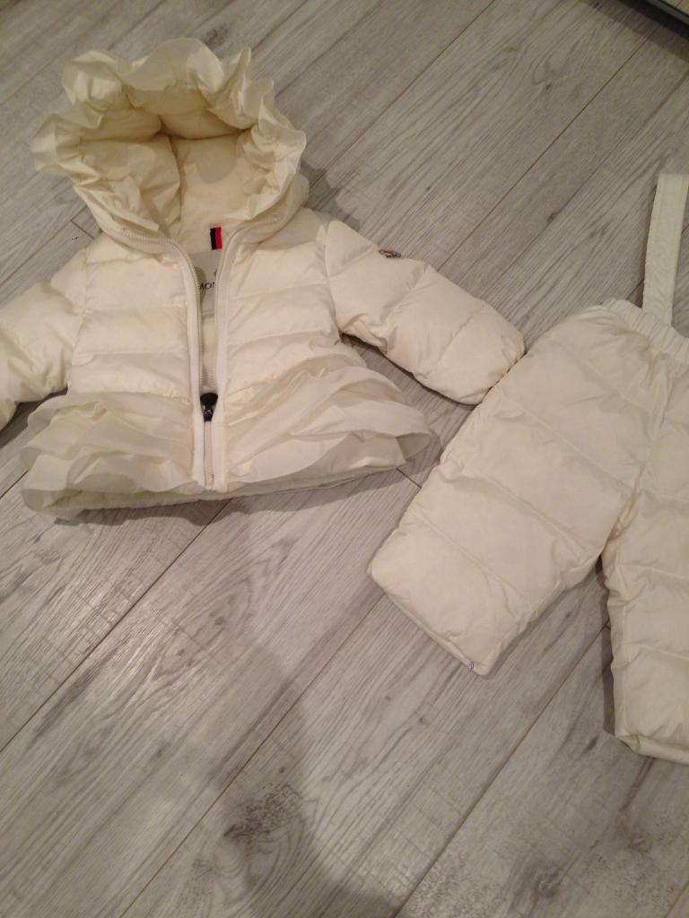 060d96b70 Moncler baby girls jacket and pants . 6 to 9 m.£120