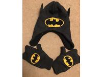 Little kids hat and glove set. Batman.