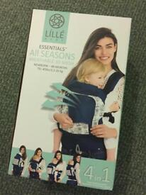 Lille Baby Buckle Carrier